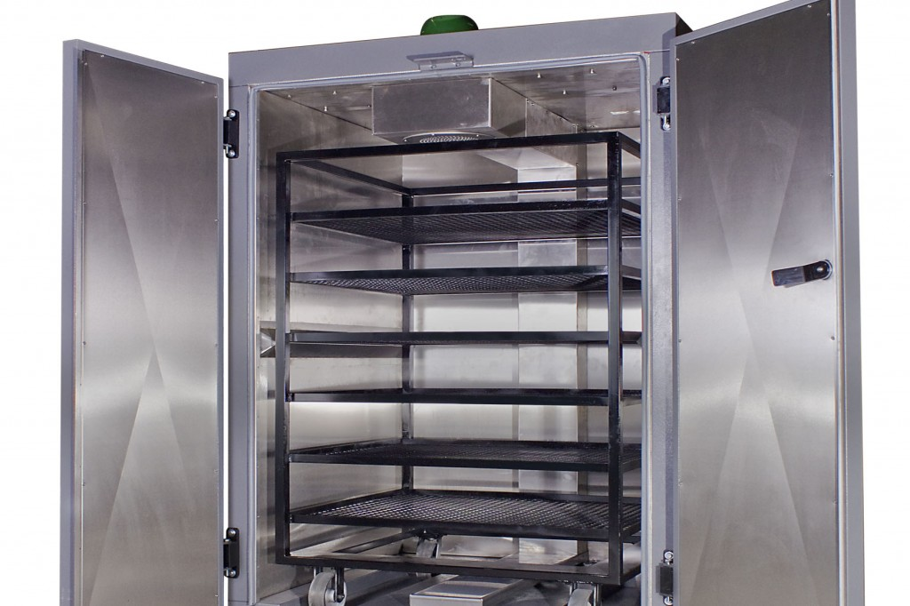Labotec's Large Volume Labotec Drying Oven With Three Choices