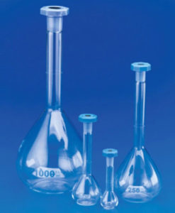 Clear Borosilicate and Amber Glass Class A Volumetric Flasks with Stopper includes one mark graduation and interchangeable polyethylene stopper. Manufactured from Borosilicate Glass and complies with ISO 1042 and DIN 12664. With one mark graduation and interchangeable polyethylene stopper. The details on each flask include confirmation of compliance to International Standards as well as an individual re-order code.